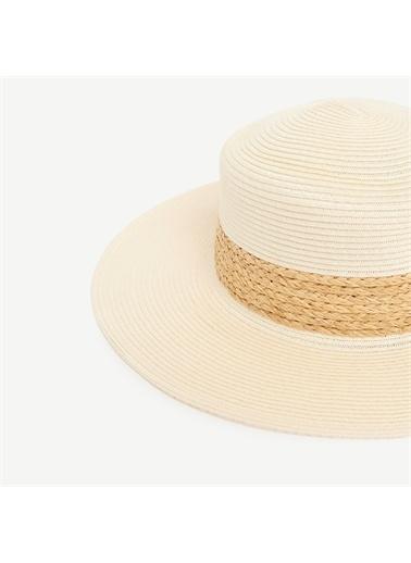 Yargıcı Rafya Detaylı Hasır Şapka Beyaz